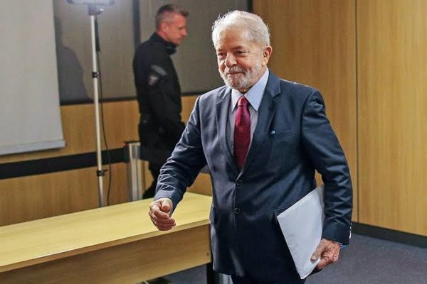 LULA-SOLTO-600x400 Urgente: juiz comunica PF que mandará soltar Lula ainda hoje