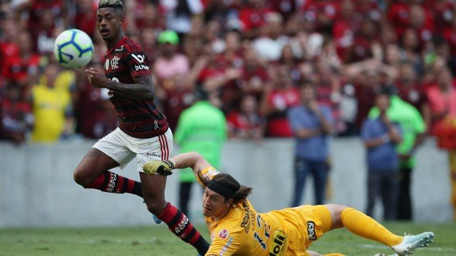 mengo Flamengo atropela o Corinthians em tarde de três gols de Bruno Henrique
