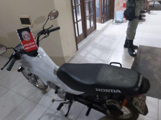 moto-pop-furtada-533x400 Em menos de 24 horas PM recupera motocicleta furtada em Monteiro