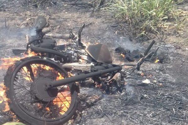moto-queimada-599x400 Motociclista morre carbonizado após moto pegar foto em rodovia da PB