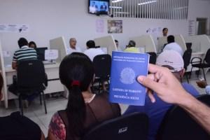 AtendimentoSineJP_FotoGilbertoFirmino-45 Semana começa com 340 vagas de emprego em João Pessoa
