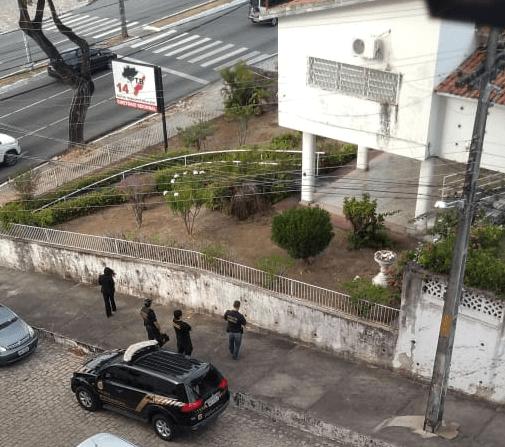 PTB-452x400 PF prende prefeito e faz buscas na casa de deputado Wilson Santiago e na sede do PTB em JP