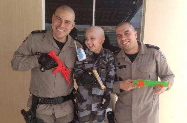 Rafael_Guarnição-9bpm-6-674x445-606x400 Policiais Militares raspam cabelo em apoio à criança que está lutando contra o câncer