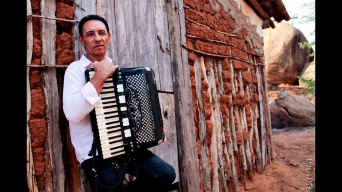 dejinha-de-monteiro-700x394 Cantor e compositorDejinha de Monteiro morre aos 67 anos