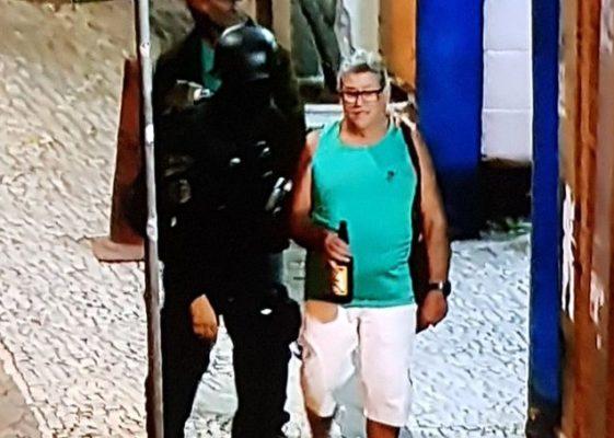 refem-cerveja-561x400 Refém sai de sequestro com garrafa de cerveja na mão e viraliza na web