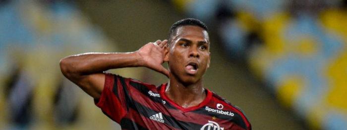 15797534082-700x263 Flamengo vence o Vasco por 1 a 0, no Maracanã, pela Taça Guanabara