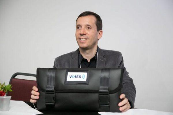 APK-600x400 Aplicativo gratuito sintetiza voz humana para deficientes visuais