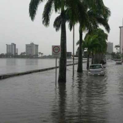 Agua-em-Campina-Grande1-400x400 Chuvas provocam alagamentos, desabamentos e acidentes de trânsito, em Campina Grande