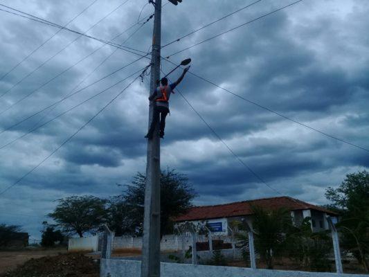 """Programa-""""Mais-Luz-no-Campo""""-chega-às-comunidades-de-Mulungu-Bredos-e-Riacho-Verde-533x400 Programa """"Mais Luz no Campo"""" chega às comunidades de Mulungu, Bredos e Riacho Verde."""