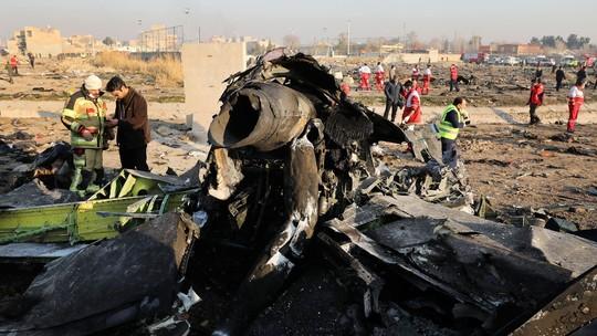 aviaoucraniano_jao9KCQ Ucrânia pede que EUA, Canadá e Reino Unido mostrem evidências de que avião foi derrubado por míssil