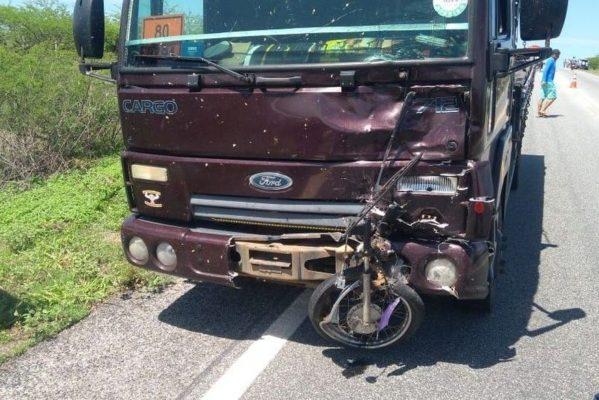 screenshot_2-599x400 Motociclista morre em colisão frontal com caminhão no Sertão da Paraíba