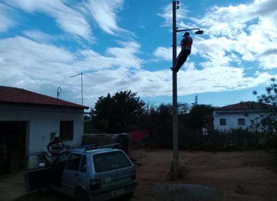 """timthumb-1-1 Programa """"Mais Luz no Campo"""" beneficia mais 18 famílias na zona rural de Monteiro(16/Jan/2020)"""