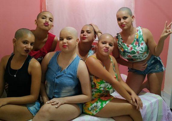 whatsapp-image-2020-01-21-at-06.31.52-570x400 Família raspa cabelo em solidariedade a adolescente com câncer, na Paraíba