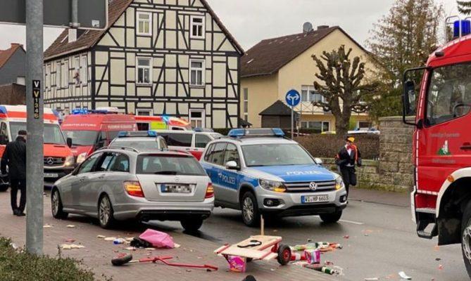 atropelamentpalemanha-669x400 Carro avança sobre multidão na Alemanha