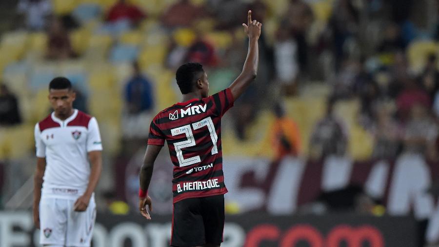 bruno-henrique-comemora-gol-do-flamengo-sobre-o-fluminense-na-taca-guanabara-1581553661760_v2_900x506-700x394 Após rusgas, Flamengo e Globo se reúnem, mas seguem sem acordo por Carioca.