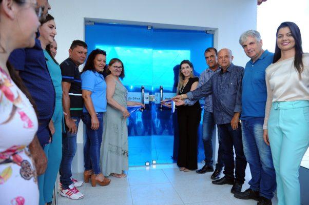 comunidade-de-olho-dagua-do-silva-comemora-entrega-do-psf-10-em-monteiro-12-602x400 Comunidade de Olho D'Água do Silva comemora entrega do PSF 10 em Monteiro