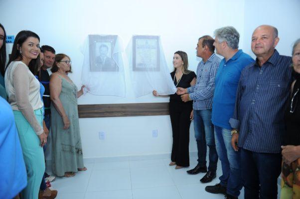 comunidade-de-olho-dagua-do-silva-comemora-entrega-do-psf-10-em-monteiro-13-602x400 Comunidade de Olho D'Água do Silva comemora entrega do PSF 10 em Monteiro