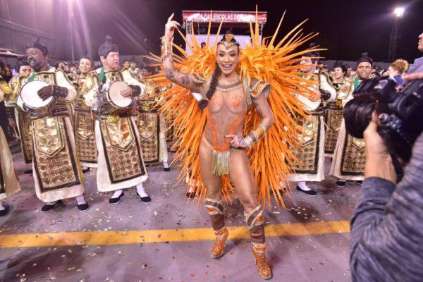 dany-600x400 Rainhas e musas ousam no Carnaval do Rio e SP; veja FOTOS