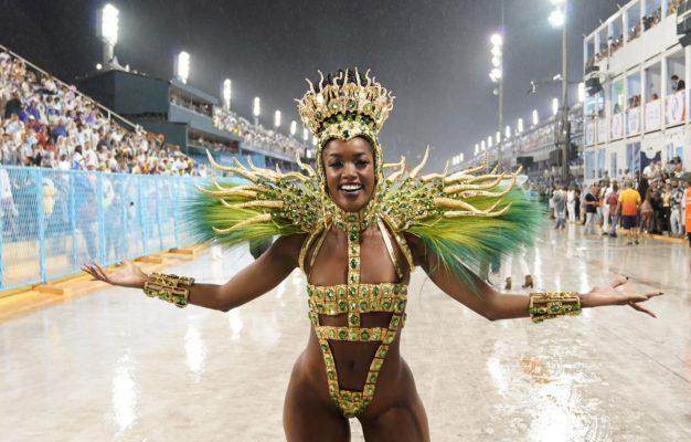 dsc0805-626x400 Rainhas e musas ousam no Carnaval do Rio e SP; veja FOTOS