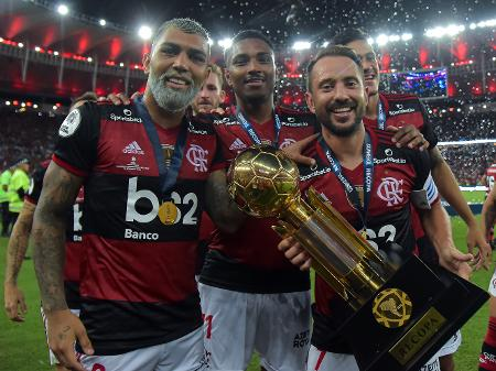 fla-campeao É CAMPEÃO! Flamengo vence o Del Valle e conquista a Recopa Sul-Americana