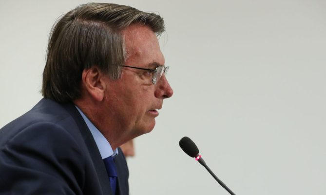 03032020-29-reuniao-do-conselho-de-governo_49614548918_o-669x400 Bolsonaro: governo não vai interferir para controlar preço do petróleo