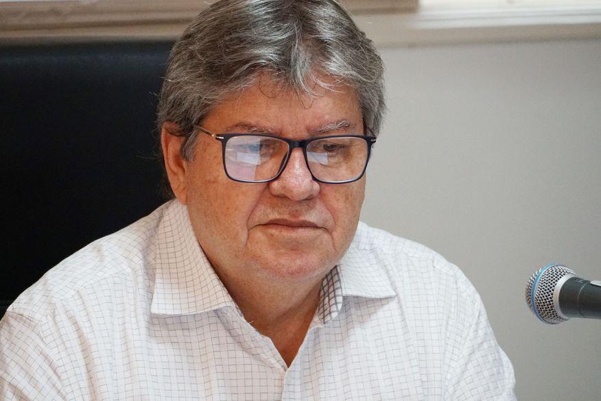 04-joao_azevedo_foto_walla_santos_9-599x400 João Azevêdo anuncia novas medidas de prevenção ao Covid-19 nesta terça-feira