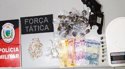 3D8BA3B5-9BD8-44DD-B019-68A377F61092-800x445-1 Policia Militar apreende cocaína, maconha, crack, arma e munições na Rua do Matadouro em Monteiro