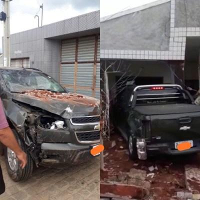 IMG_20200324_173925 Mulher perde controle do carro e invade residência em Monteiro