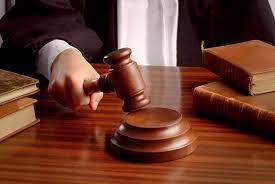 MARTELO-JUSTIÇA Em Serra Branca, Homem é condenado pela Justiça por agredir companheira