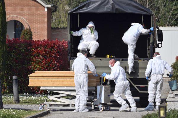 ap20081549682232-601x400 Itália bate de novo recorde de mortos por coronavírus: 793 em 24 horas