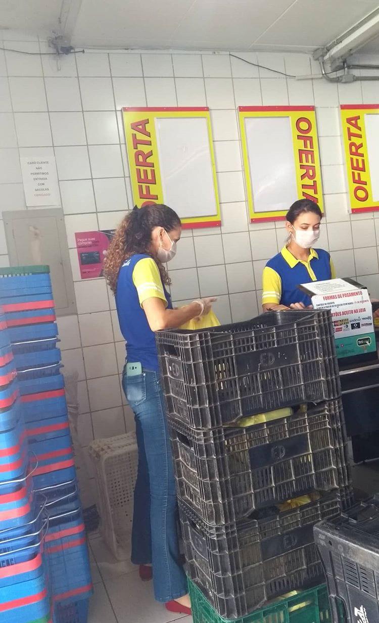 bf8ac42c-2f3d-4210-829b-28fb8c66641f-243x400 Malves Supermercados toma medidas protetivas para atender clientes.