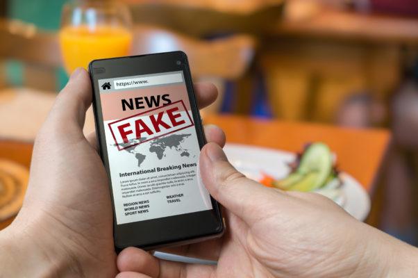 fake-news-602x400 Sancionada lei que multa quem espalhar fake news sobre coronavírus