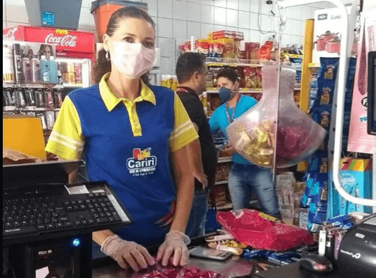 malves Malves Supermercados toma medidas protetivas para atender clientes.