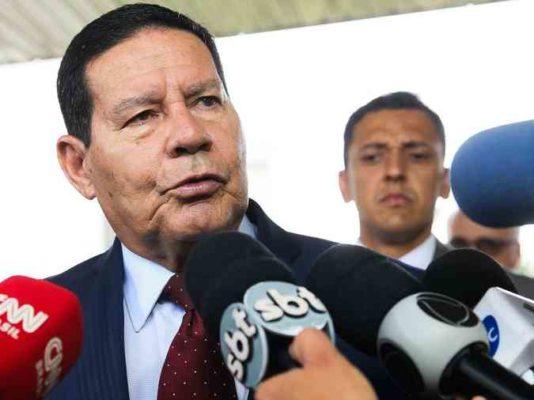 mourao-534x400 Mourão contraria Bolsonaro e diz que posição do governo é de 'isolamento'