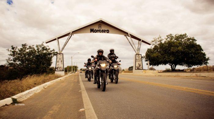 11bpmmonteiro-700x389 Polícia Militar prende suspeito esfaquear uma jovem e apreende arma usada no crime em Monteiro