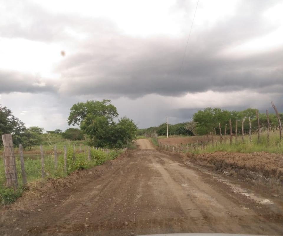 IMG-20200402-WA0598-479x400 Prefeitura de Monteiro realiza reparos na estrada do Sítio Ipueira Funda
