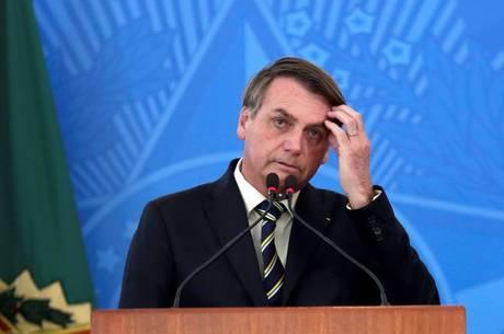 PRESIDENTE Bolsonaro sanciona auxílio de R$ 600 para trabalhador informal