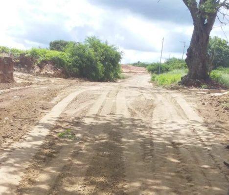Prefeitura-de-Monteiro-continua-fazendo-reparos-em-estradas-danificadas-pelas-chuvas-2-468x400  Prefeitura de Monteiro continua fazendo reparos em estradas danificadas pelas chuvas