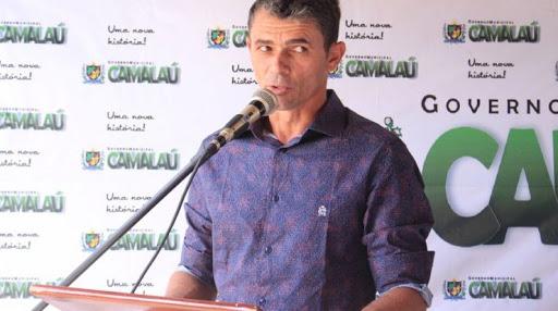 SANDRO-MOCO-CAMALAU Prefeito Sandro Môco se defende e emite nota repudiando declarações de Aristeu em Camalaú