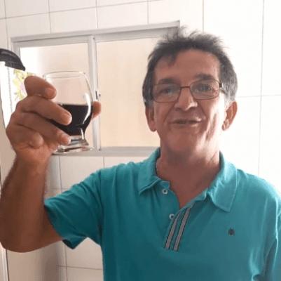 brinde-401x400 UM BRINDE À VIDA! Serra-Branquense brinda à vida após se curar do Coronavírus