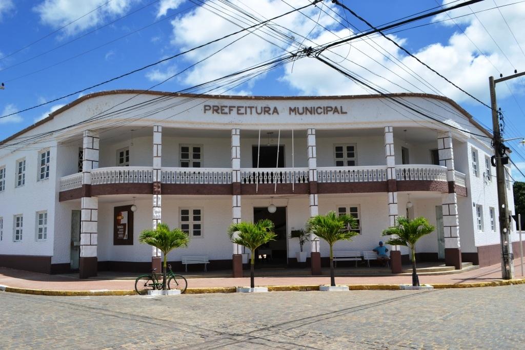 Prefeitura-Monteiro-red Prefeitura de Monteiro esclarece divergência de dados divulgados pelo IBGE sobre casos do Covid