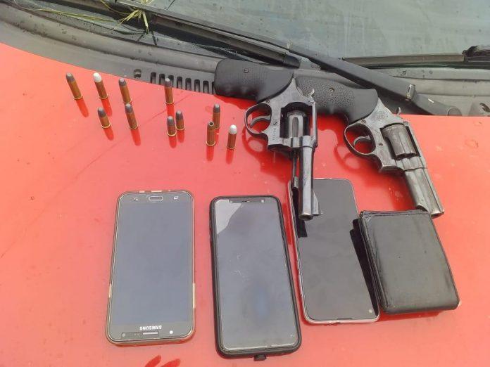 WhatsApp-Image-2020-05-01-at-17.24.34-2-696x522-1 Polícia de Pernambuco e Paraíba fecham cerco aos bandidos do assalto em Sertânia