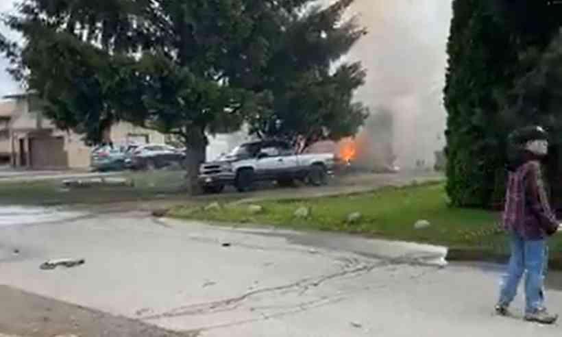 avião-cai Avião militar canadense cai durante acrobacia para entreter confinados