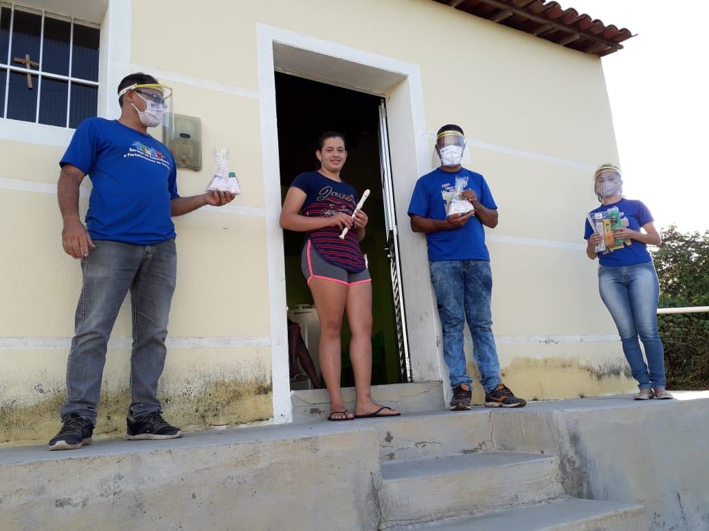 Beneficiarios-do-SCFV-da-zona-rural-1 Quarentena: Beneficiários do Serviço de Convivência da zona rural recebem kits e instrumentos musicais em Monteiro