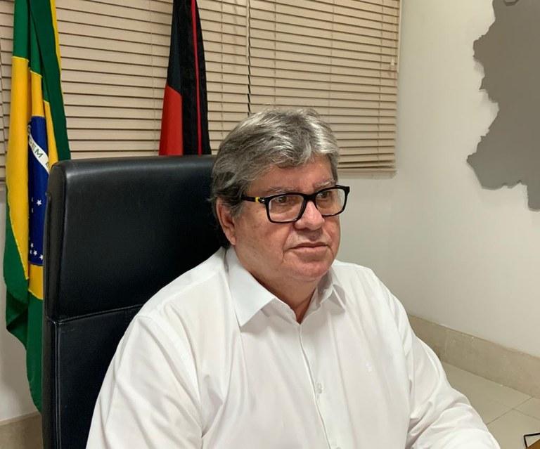 242193cb-0b40-422e-8319-496104fd2da3 João Azevêdo anuncia nesta segunda a retomada de obras suspensas na pandemia, novas licitações e ordens de serviço
