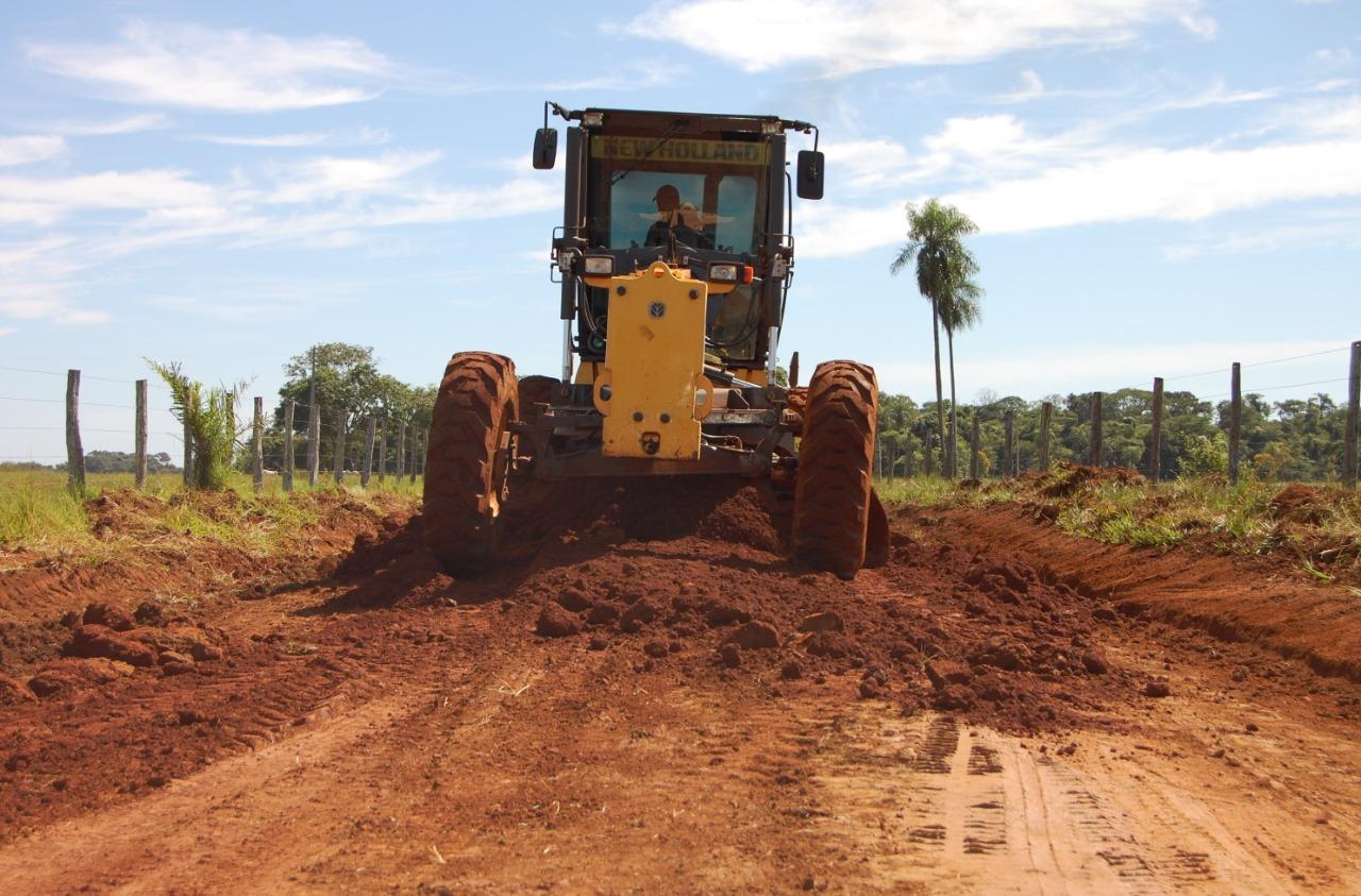SEMANA-DO-AGRICULTOR-Lorena-entrega-recuperação-de-mais-de150-estradas-de-terra-em-Monteiro-1 SEMANA DO AGRICULTOR: Lorena entrega recuperação de mais de 150 estradas de terra em Monteiro