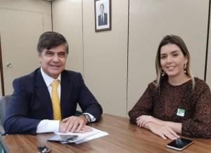 annalorena Prefeita Anna Lorena anuncia mais R$ 2 milhões para pavimentação de ruas em Monteiro
