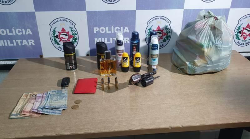 prisao_suspeitos11 Polícia Militar prende dupla suspeita de cometer assaltos e roubar mercadinho na PB