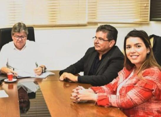 ANA Adriano Galdino se consolida no Cariri e tem aliança com o maior número de prefeitos da região