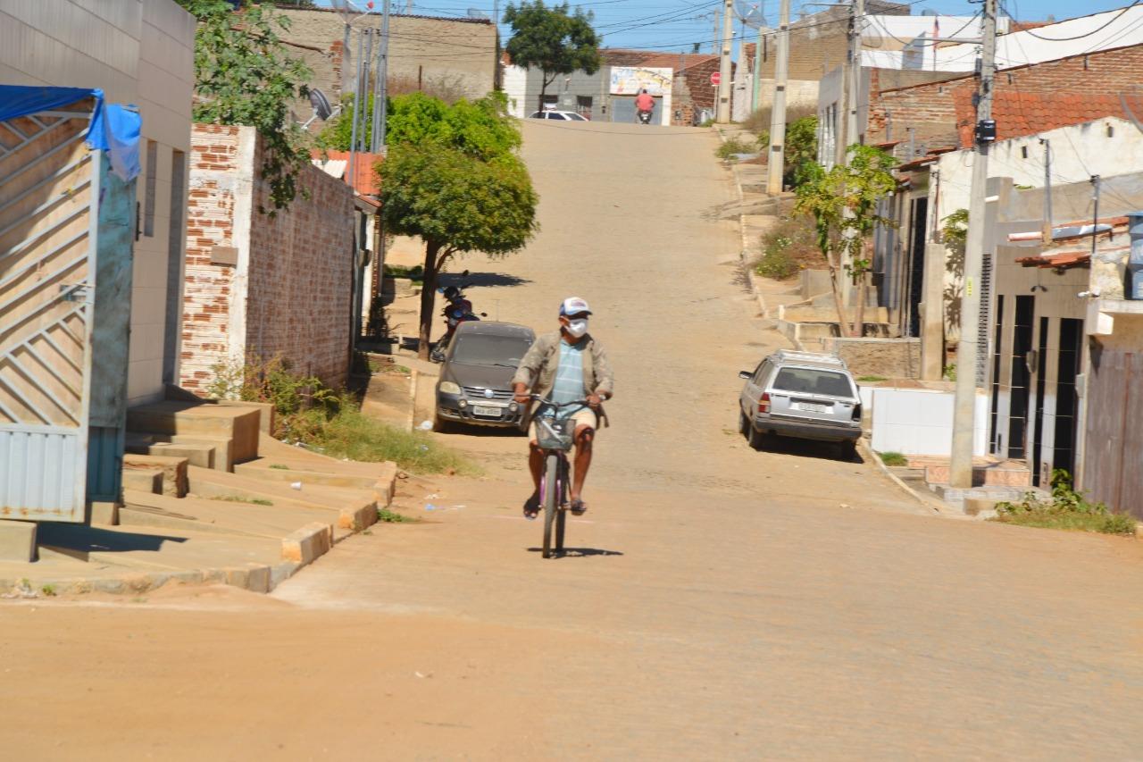 Ana-Lorena-entrega-mais-quatro-ruas-pavimentadas-e-anuncia-obraspara-mais-três-vias-4 Ana Lorena entrega mais quatro ruas pavimentadas e anuncia obras para mais três vias